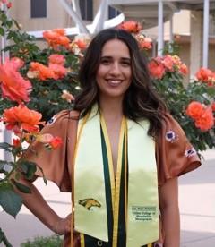 Sarinna Flores
